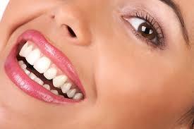 متخصص دندانپزشکی : (جراح دندانپزشک) و متخصص ترمیم دندان