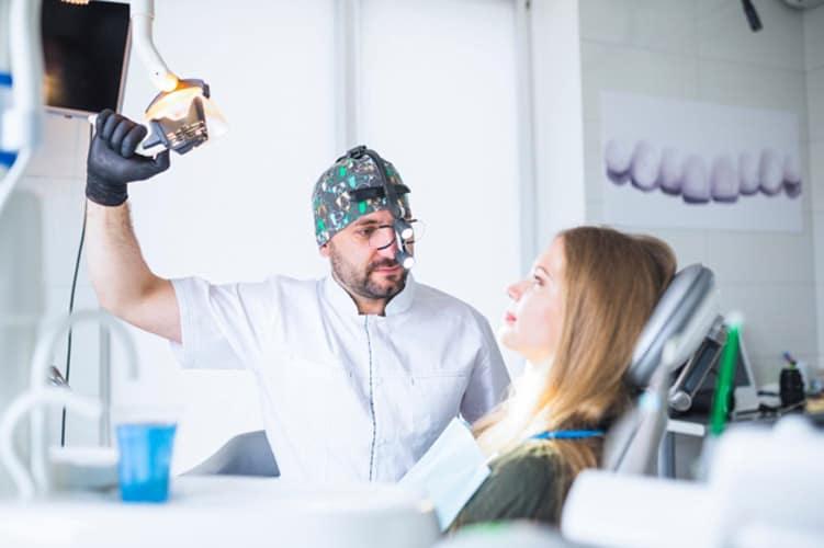 متخصص سیم کشی دندان