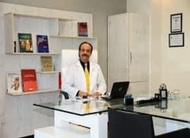 منصور نصیری کاشانی