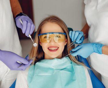 متخصص بیماری های دهان:(لیست 7 نفر از برترین دندانپزشکان پاتولوژی فک و دهان)