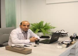 دکتر احمد دلبری